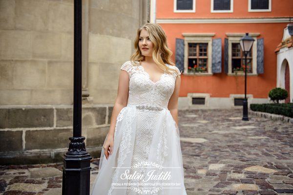 55103d2a71af Domov     Svadobné šaty   Silvia plus size 2019
